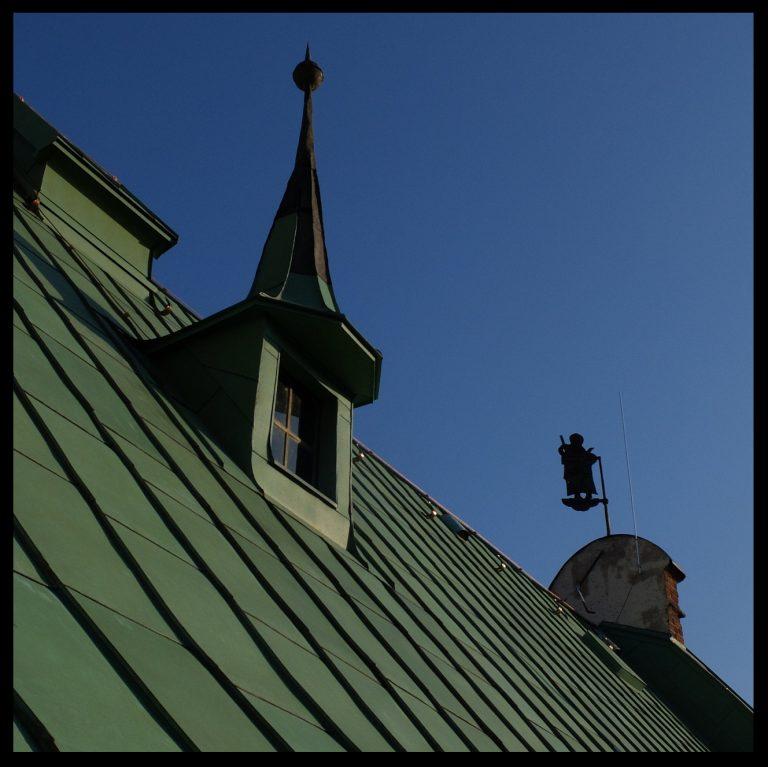 Restaurētas Jēkaba katedrāles jumta izbūves