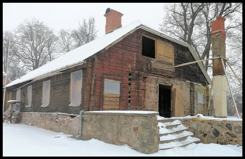Jauni atklājumi par Valmieras pilsētas senākajām ēkām